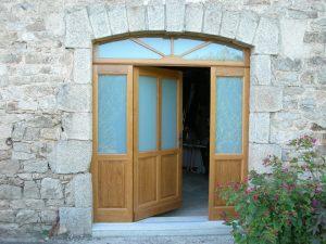 Porte en bois extérieure